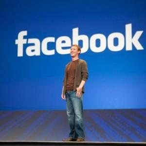 Nhà đồng sáng lập Facebook Mark Zuckerberg